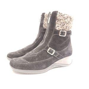 Aquatalia womens size 7.5 zipper boots